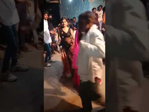 Jo Beech Bajariya Tune Meri Pakdi Baiya Dance Video