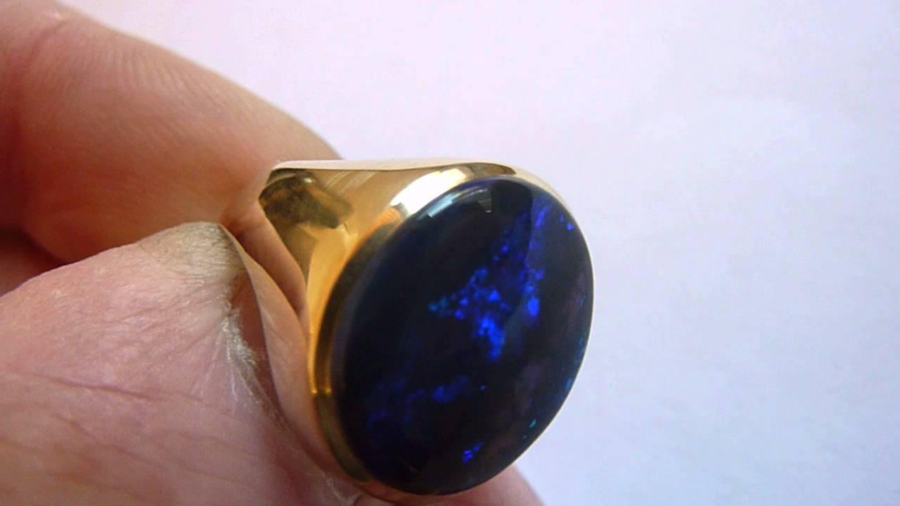 Vintage 8ct Gold Large Natural BlueBlack MensGents Opal Ring
