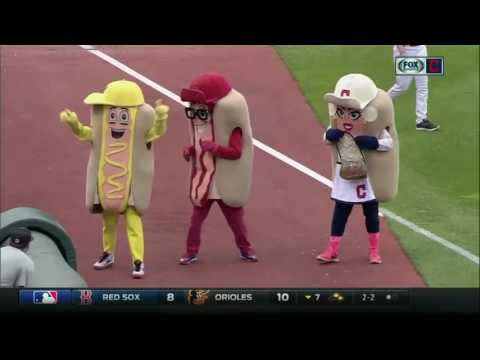 Indians' Jason Kipnis bowls over Ketchup in Hot Dog Derby