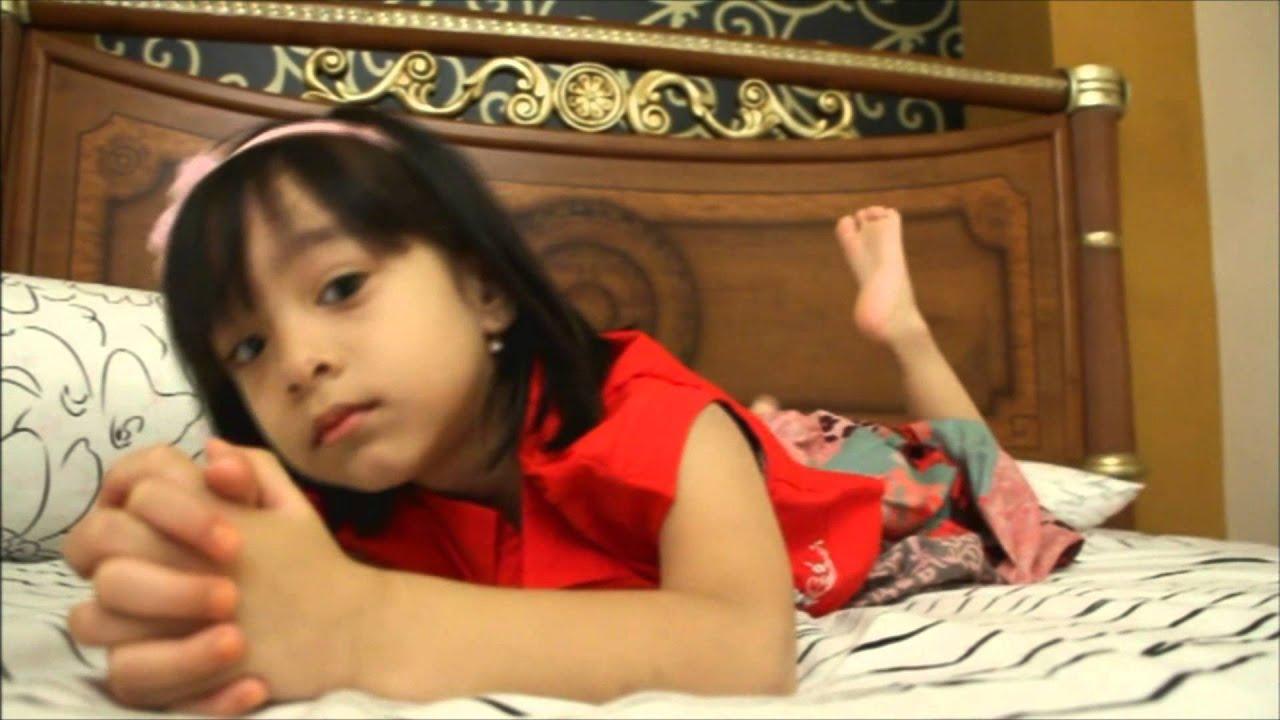najwa alia  hadad alwi  ibu  YouTube