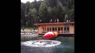 Wenn 2 Kollegen einen Kollegen hoch fliegen lassen - Teil 1 Dominik fliegt