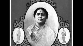 Bal Gandharva sings