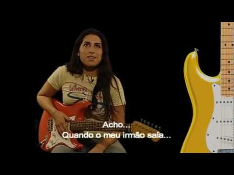 Amy Winehouse Interview 2004 about  Fender Stratocaster (FULL HD 1080p)