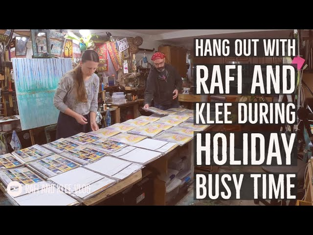 Hang Out With Rafi And Klee During Holiday Busy Time