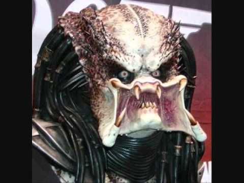 bitch dont flatter urself u look like predator with his