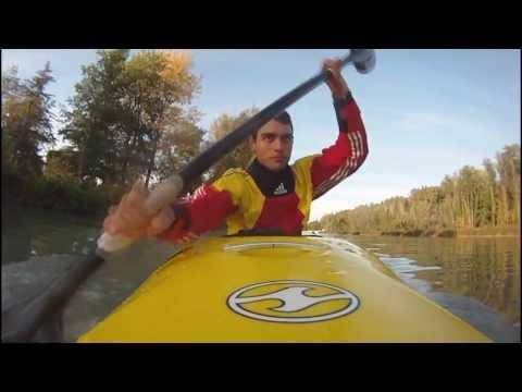 Как плавать на каяке