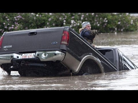 APOCALYPTIC World FLOODS ravage CANADA 4 Dead 100,000 EVACUATE; WORST! 6.21.13