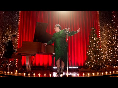 A One Mic Christmas - Sarah Potenza