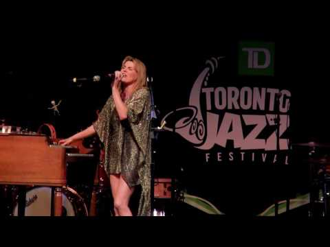 Grace Potter - Hot To The Touch - Live Toronto Jazz Festival 2016