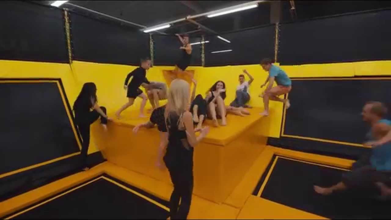 Jump Space batutų parkas, Pramonės pr.6, Kaunas - YouTube