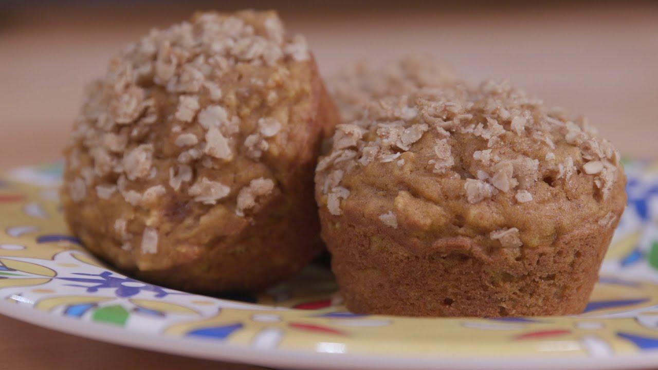 Food Factor: Pumpkin Spice Oatmeal Muffins