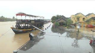 Tin Bão Mới Nhất 2017 : Nước sông lên cao, nhiều khu dân cư ở Quảng Nam chìm sâu trong nước lũ