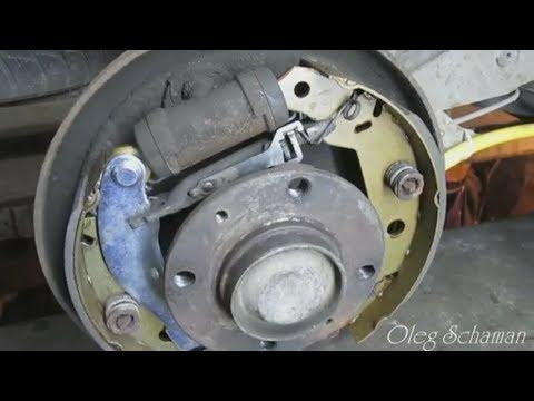 Citroen Xsara. Замена тросиков ручника и барабанных тормозных колодок