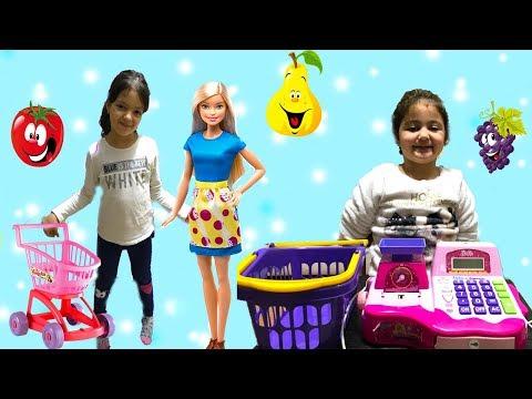 MASAL VE BARBİE MARKETE GİTTİ! ÖYKÜ KASİYER OLDU, BAKALIM NELER OLACAK  Funny Kids Videos