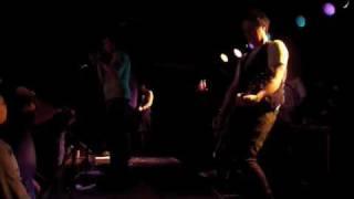 Art Brut - St. Pauli (live)