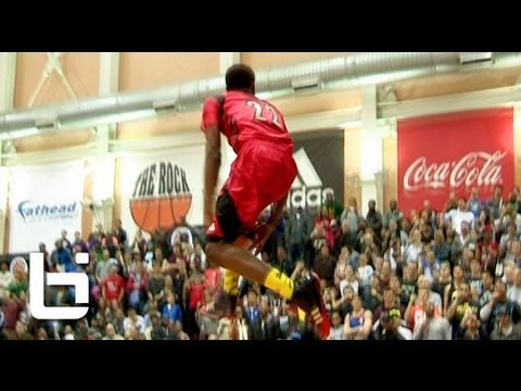 c89e2548df45 Andrew Wiggins CRAZY Reverse 360 Eastbay at 2013 McDonalds All American Dunk  Contest!!
