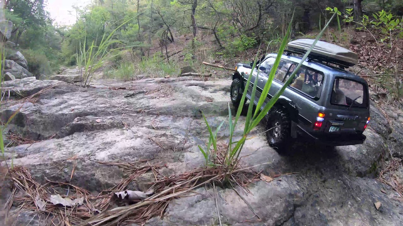 Off Road Trail Axial SCX10ii Toyota Land Cruiser LC80