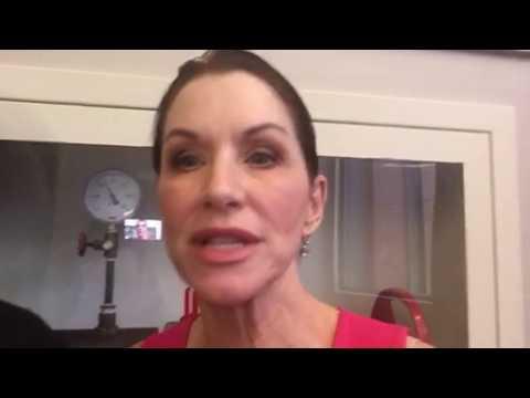 Caroline Williams Of Sharknado 4 On Zennie62 #SDCC #SyFy
