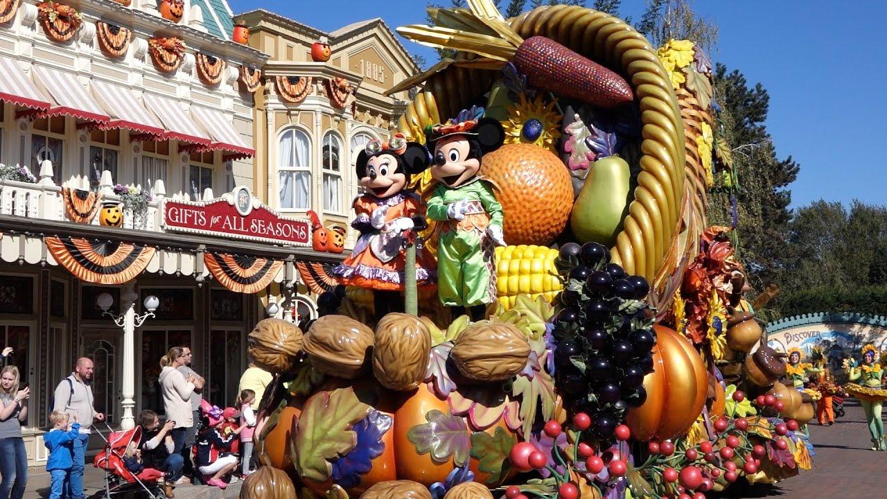 Mickey39s Halloween Celebration Main Street Usa Halloween