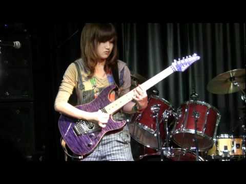 Miki Kato - Fuzz Universe(Paul Gilbert) - Live 2011-