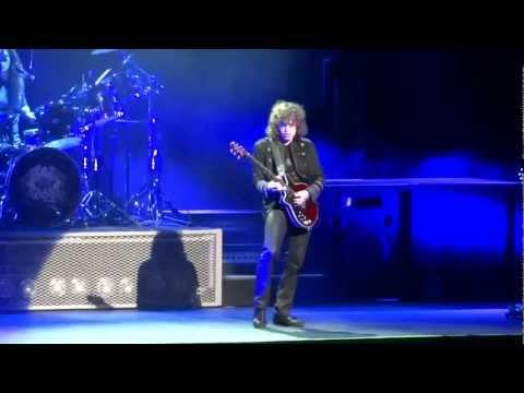 """Queen Extravaganza - Marc Martel """"Bohemian Rhapsody"""""""