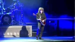 "Gambar cover Queen Extravaganza - Marc Martel ""Bohemian Rhapsody"""