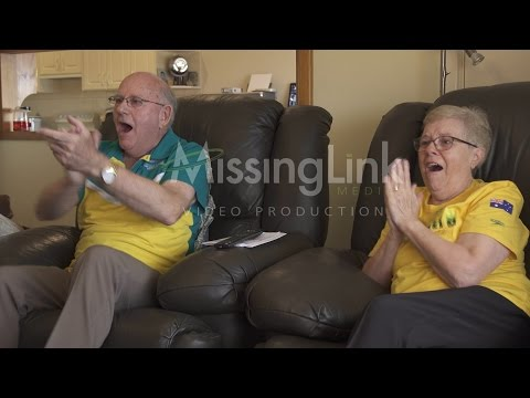 Kyle Chalmers' grandparents tears of joy watching him win Rio Gold. Original footage.