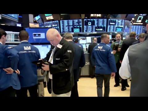 Markets Down as Tech Stocks Slump