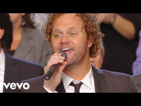 Gaither Vocal Band, TaRanda Greene - Jesus Hold My Hand [Live]