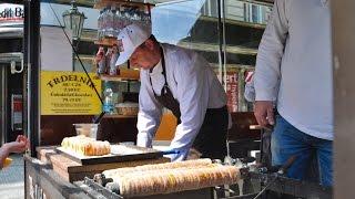 Путешествие в Прагу - уличная еда, часы на староместской площади(В этом видео мы пробуем мясо на площади в Праге, тырдельник, а также смотрим на представление с часами на..., 2015-06-12T07:40:59.000Z)