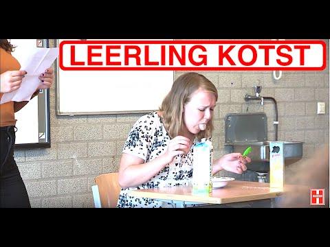LEERLING KOTST IN DE KLAS