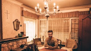 Traditional Abandoned Home Where The Lights Still Work | BROS OF DECAY - URBEX