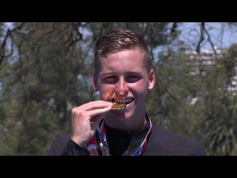 New Zealand's Dylan Mccullough Leads the Men's Triathlon From the Start to Win Gold at Buenos Aires