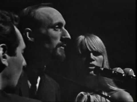 Peter, Paul and Mary - A Soalin' (live in France, 1965)