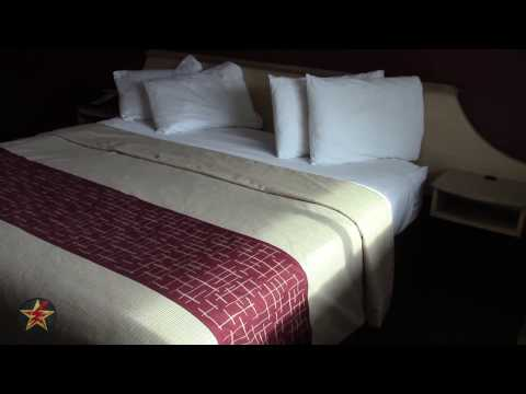 Red Roof Inn: Utica, NY (SUPERIOR KING Room Tour)