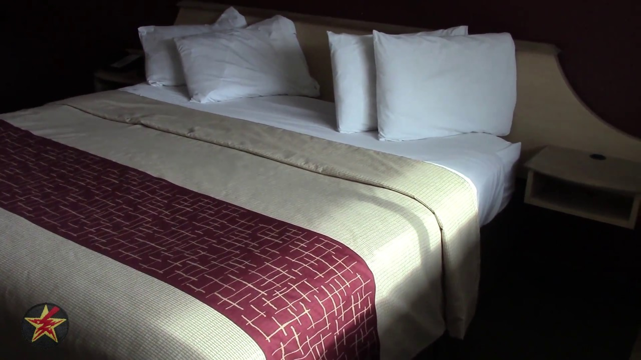 Awesome Red Roof Inn: Utica, NY (SUPERIOR KING Room Tour)