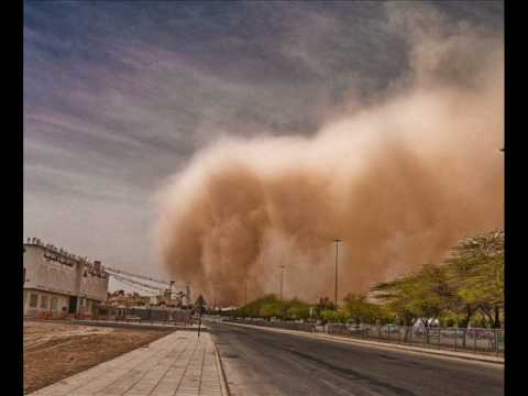 riyadh sand storm big photo in www.flickr.com/photos/allahakber/3345917835/