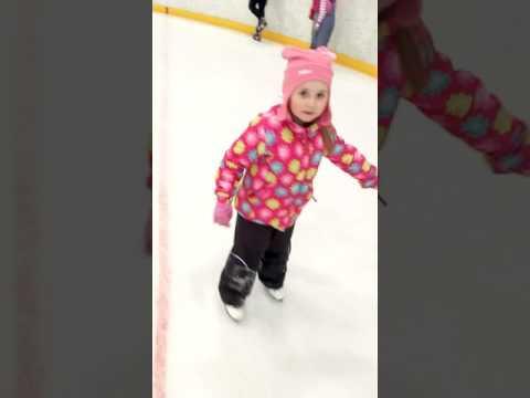 Первый раз на коньках