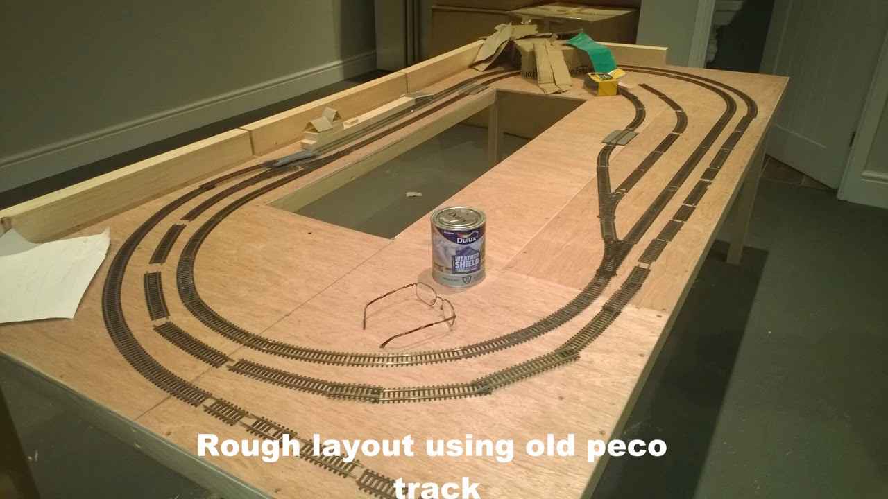 Building an OO Gauge 8x4 model railway Part 1