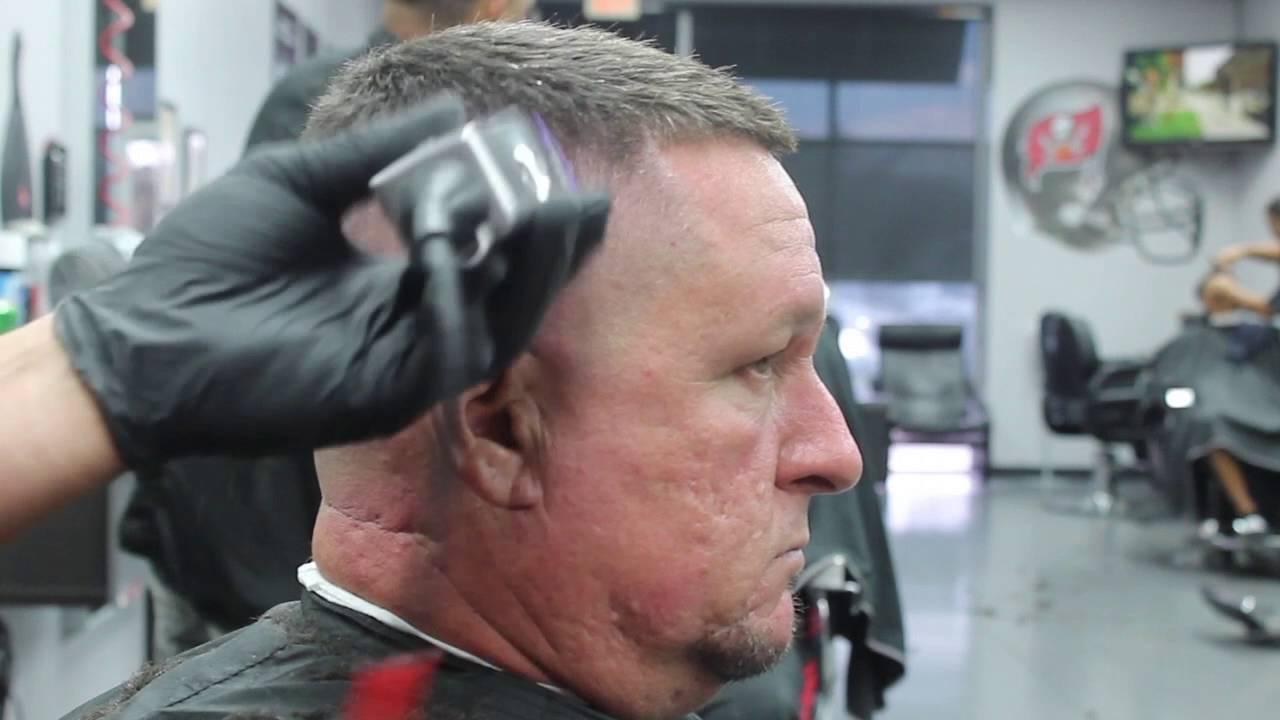 High Skin Fade With A 3 12 On Top Youtube