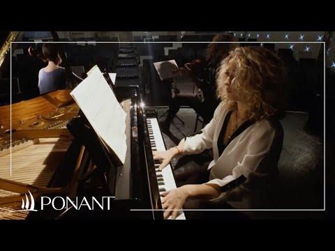 La croisière musicale par la pianiste française Laure Favre Kahn - Beyond the Seas by PONANT