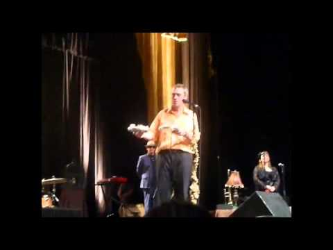 Hugh Laurie - Cirque Royal Brussels full 11-06-2013 (Russian subtitles)