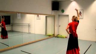 Фламенко.Наш первый танец.(Выкладываю видео,чтобы не забыли и тренировались!!!!, 2011-10-27T13:23:22.000Z)
