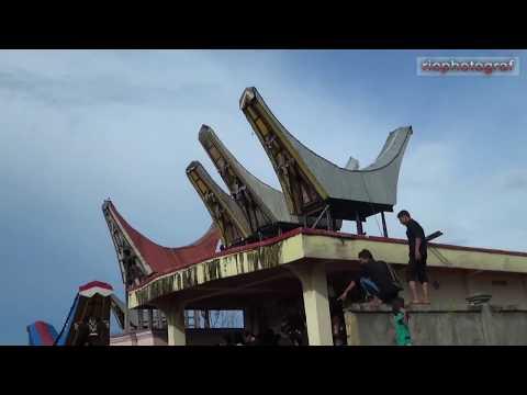 Pemakaman Adat Toraja ( rambu solo') BONTANG alm. Maria Landa