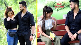 Guessing Girls Bra Colour Prank   Bakchod Magician   Vinay Thakur