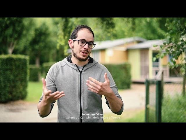 [VIDÉO] Rencontre avec Sébastien, gérant du Camping de la Vègre à Tennie