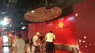 Музей восковых фигур Мадам Тюссо в Бангкоке. Ноябрь 2019.