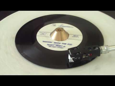 Baby Huey & The Baby Sitters - Messin' With The Kid