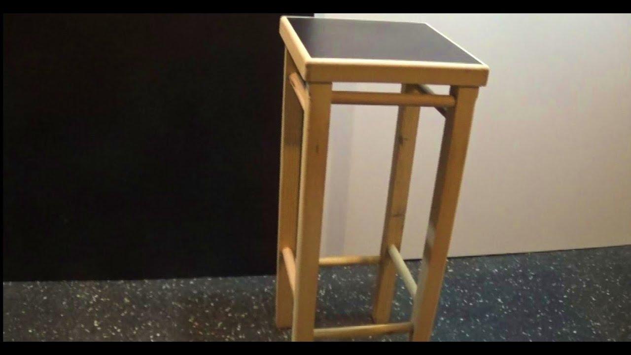 Como hacer una banqueta de madera resistente y simple for Crear una cubierta de madera