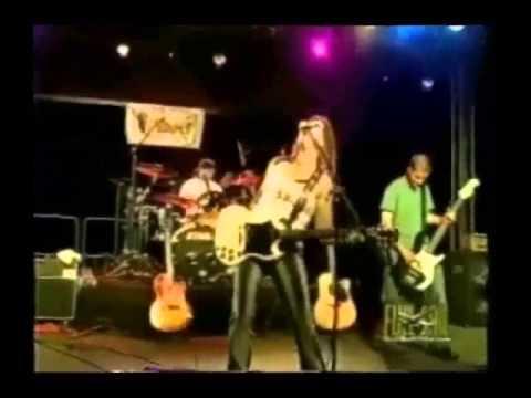 Linda Nunez - Yea